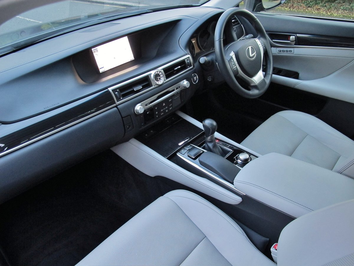 LEXUS GS 250 LUXURY - AUTOMATIC - 2012 - FACLIFT MODEL For Sale (picture 7 of 12)