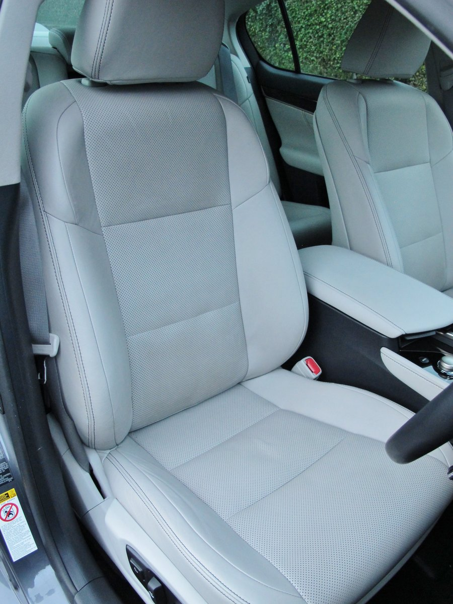 LEXUS GS 250 LUXURY - AUTOMATIC - 2012 - FACLIFT MODEL For Sale (picture 9 of 12)