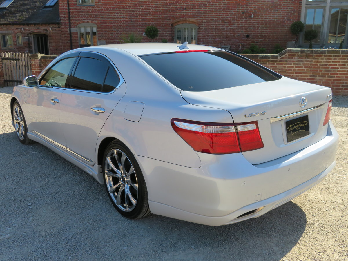 LEXUS LS 460I AUTO 2006 - COVERED 19K MILES /32K KLM 1 OWNER For Sale (picture 8 of 12)