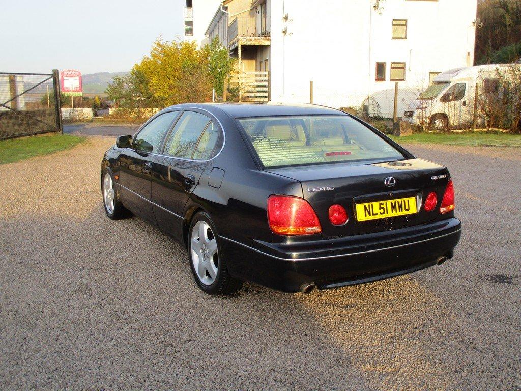 2001 LEXUS GS300 3.0 SE For Sale (picture 4 of 12)