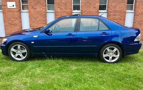 2001 Lexus iS 200 SE RS edition 6 cylinder 6 speed FSH Excellent  For Sale (picture 4 of 6)