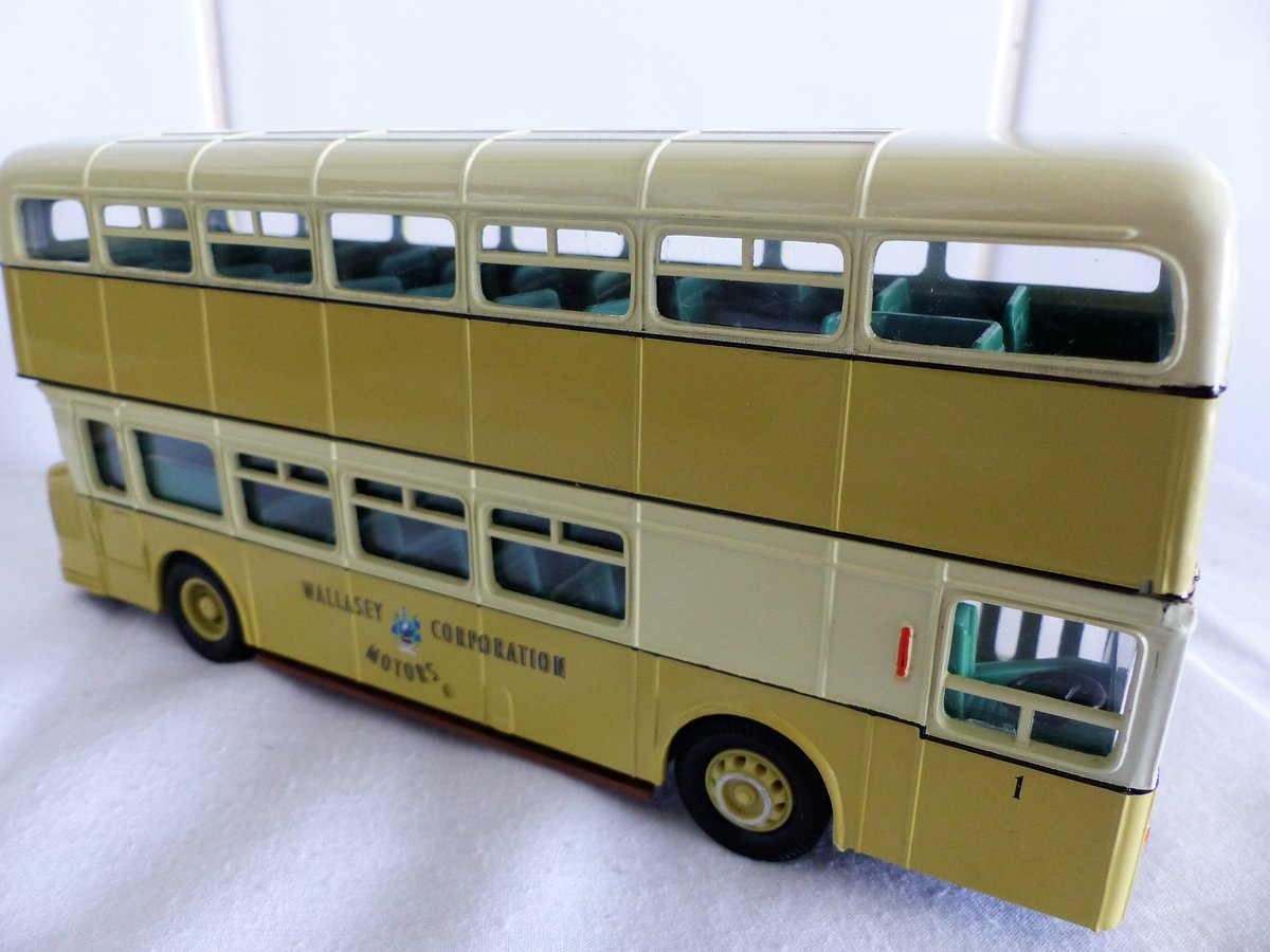 WALLASEY CORPORATION ATLANTEAN BUS 1:50 SCALE. For Sale (picture 4 of 6)