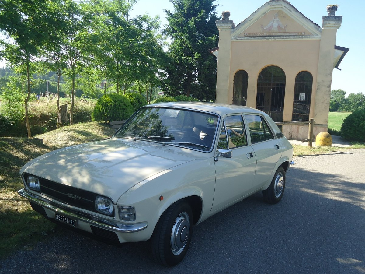 1975 Rare Leyland Innocenti Regent 1300 SOLD (picture 1 of 6)