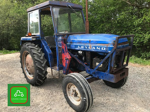 LEYLAND 245 ALL WORKING PERKINS ENGINE TRACTOR SEE VID