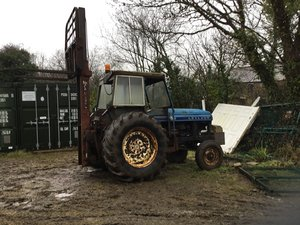 Picture of 1970 Leyland tractor with forklift For Sale