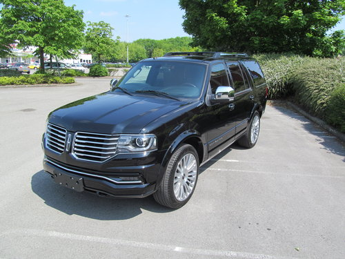 2017 Navigator Reserve 3.5L Ecoboost 4x4 SOLD (picture 1 of 6)