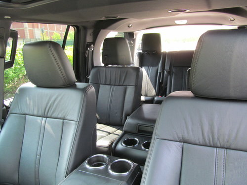 2017 Navigator Reserve 3.5L Ecoboost 4x4 SOLD (picture 3 of 6)