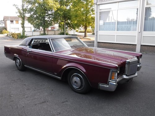 nice 1971 Lincoln Continental MK3, ready to use For Sale (picture 2 of 6)