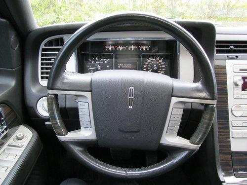 2009 Lincoln Navigator 4WD 5.4L V8 Auto SOLD (picture 4 of 6)