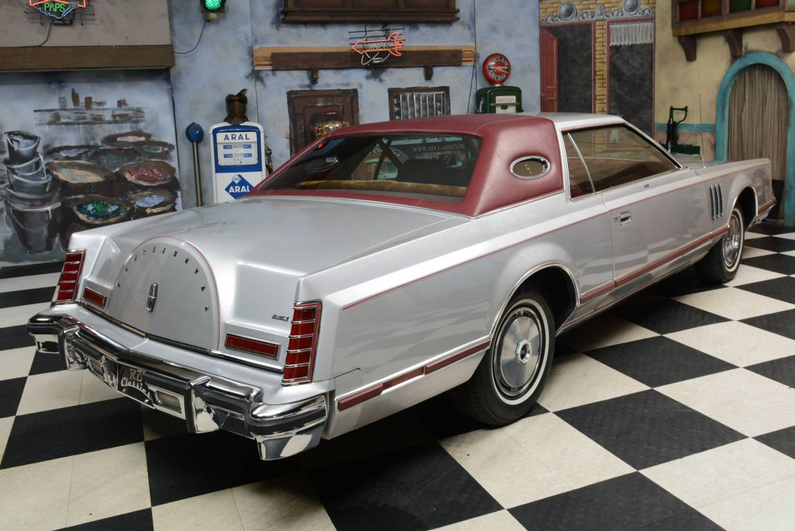 1977 Lincoln Continental Mark V 2D Coupe For Sale (picture 1 of 6)