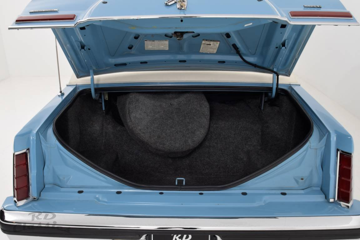 1982 Lincoln Continental Town Car Sun Roof For Sale (picture 6 of 6)