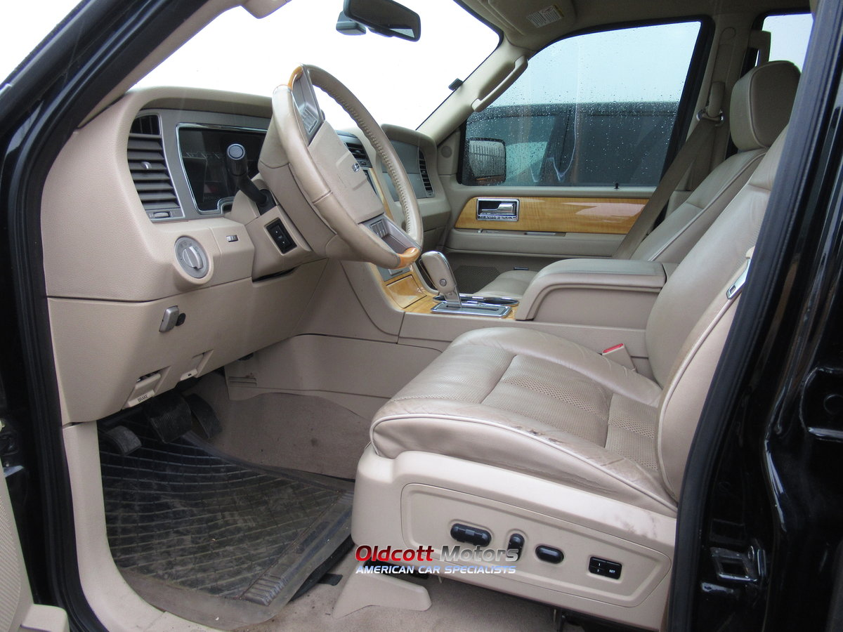 2007 LINCOLN NAVIGATOR 5.4 LITRE AUTO 4X4 WITH LPG SOLD (picture 5 of 6)