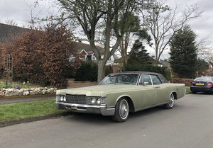 1969 Lincoln Continental 4dr suicide doors