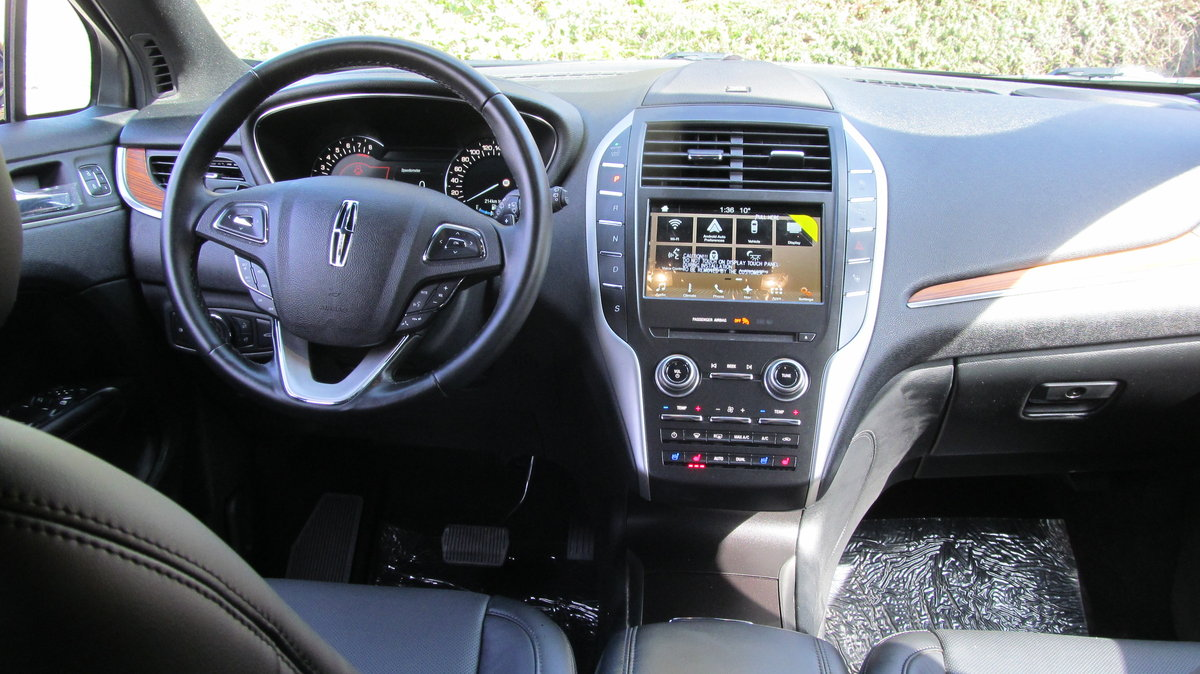 '19 reg Lincoln MKC RESERVE 2.0L  For Sale (picture 5 of 6)