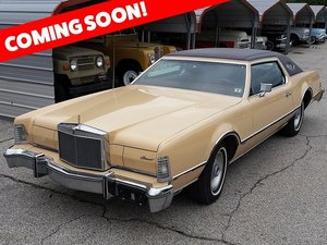 1976 Lincoln Continental Mark IV = Elvis Presley's  $obo