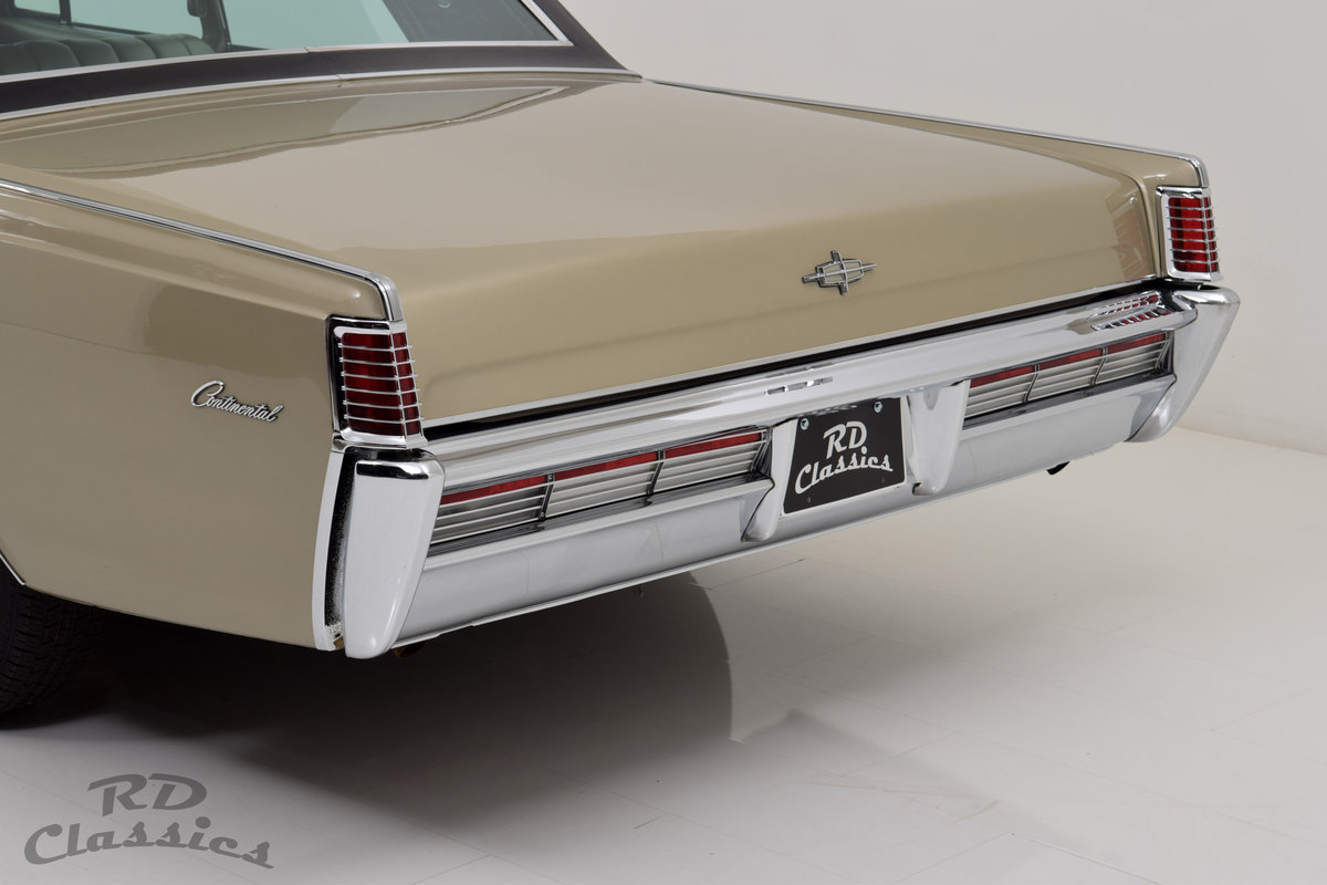 1968 Lincoln Continental Suicide Doors For Sale (picture 3 of 6)