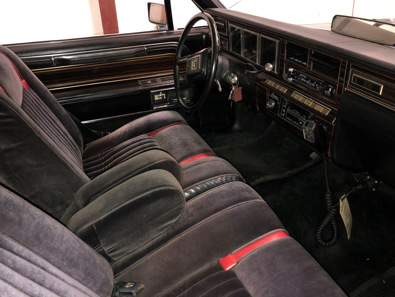 1982 Lincoln Continental Mk VI Coupe Bill Blass Edition  For Sale (picture 4 of 6)