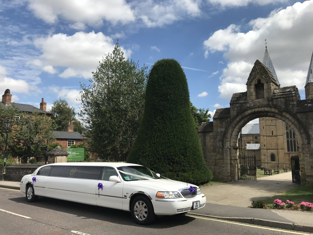 2003 Limousine hire Nottingham For Hire (picture 4 of 6)