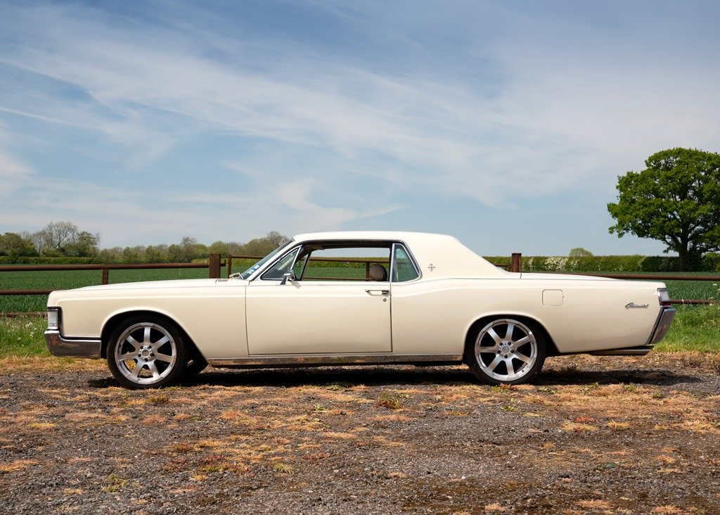 1969 Lincoln Continental Kennedy Coup (Fourth Generation) SOLD by Auction (picture 1 of 6)