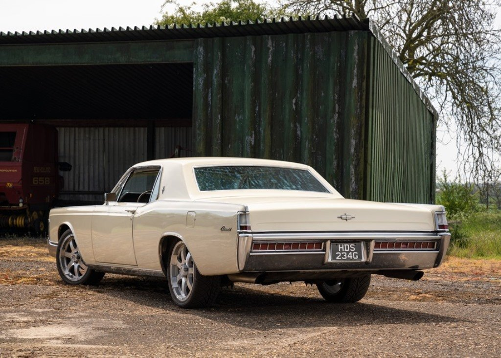 1969 Lincoln Continental Kennedy Coup (Fourth Generation) SOLD by Auction (picture 2 of 6)