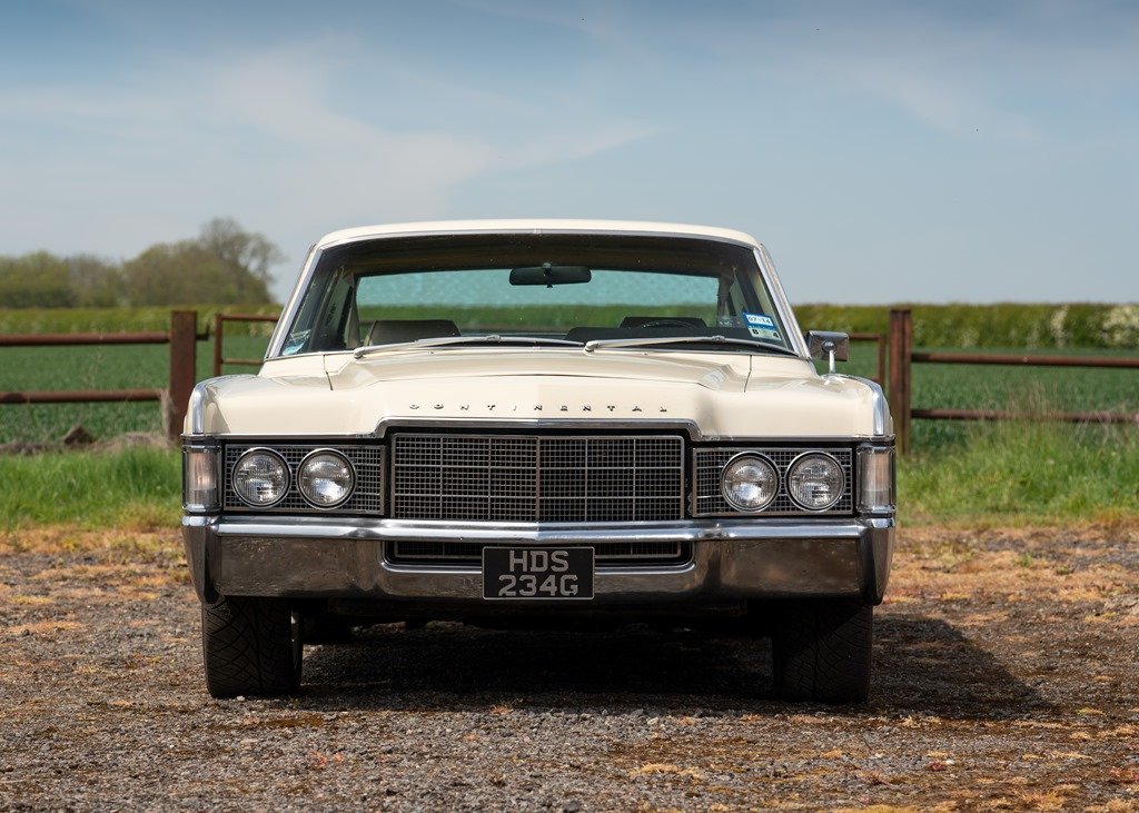 1969 Lincoln Continental Kennedy Coup (Fourth Generation) SOLD by Auction (picture 3 of 6)