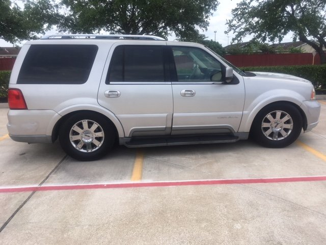 2003 Lincoln navigator Low miles, one owner since new For Sale (picture 3 of 6)