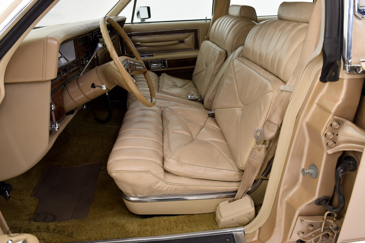 1979 Lincoln Continental 4D Town Sedan For Sale (picture 3 of 6)