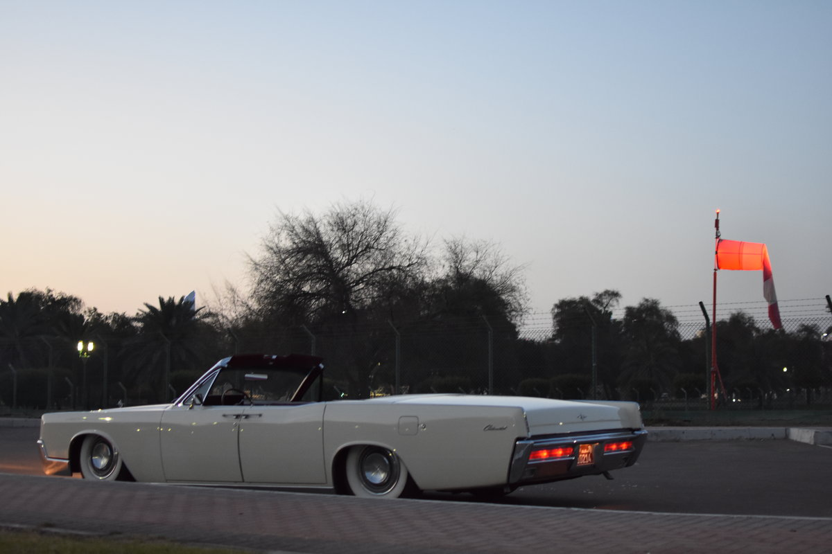 Lincoln Continental Convertible 1967 Air Ride For Sale (picture 4 of 6)