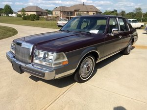 1984 Lincoln Continental Valentino  For Sale by Auction