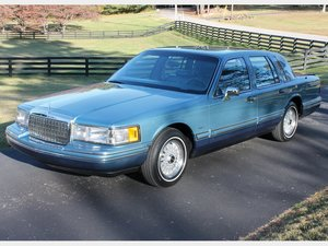1993 Lincoln Town Car  For Sale by Auction