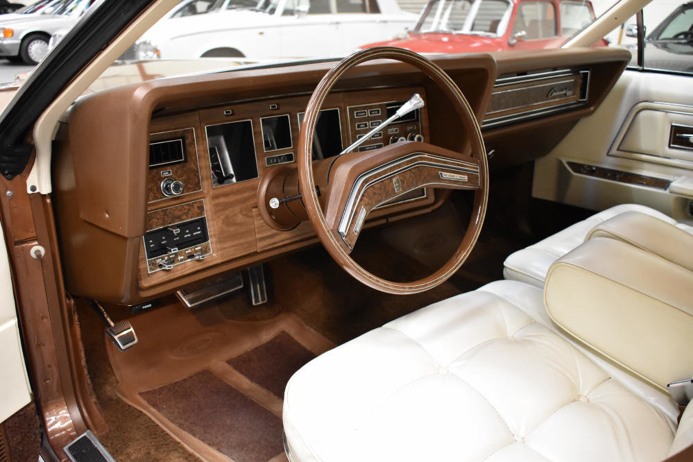 1975 34000 mls, stunning throughout, 460 V8 For Sale (picture 5 of 6)