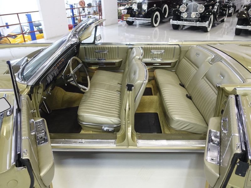 1965 Lincoln Continental Convertible For Sale (picture 3 of 6)