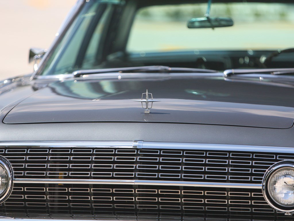 1962 Lincoln Continental Sedan  For Sale by Auction (picture 6 of 6)