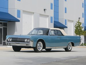 1962 Lincoln Continental Convertible  For Sale by Auction