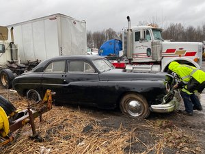 1949 Lincoln Cosmopolitan barn find V8, Cheap! For Sale