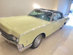 1966 Lincoln Continental Convertible Project Yellow  $19.5k