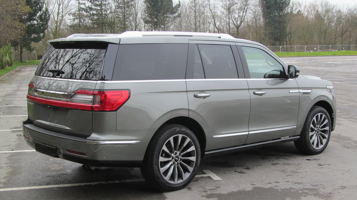 2019 ( 20 reg) Lincoln Navigator Reserve 3.5L Twin Turbo 4x4 For Sale (picture 4 of 6)