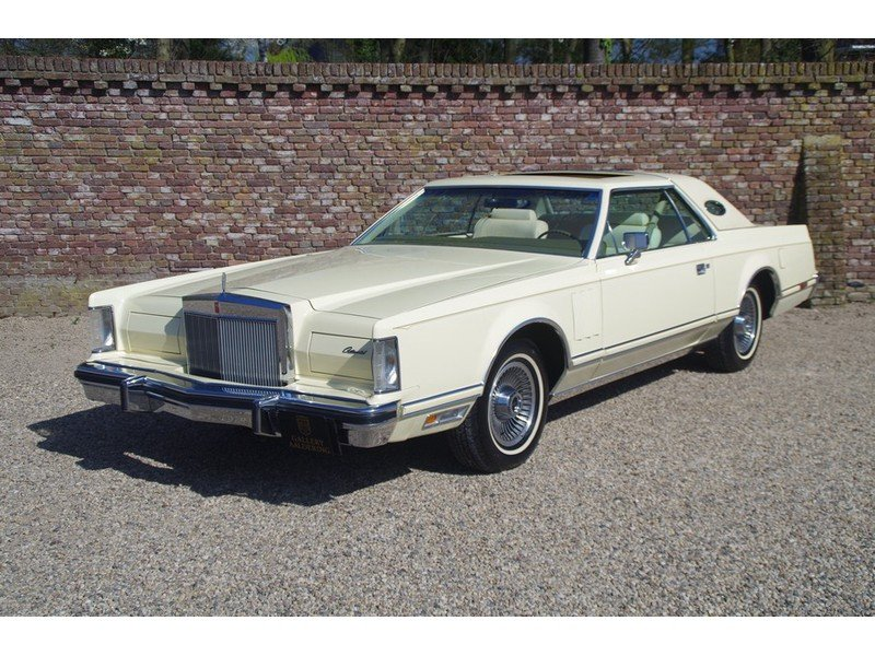 1979 Lincoln Mark V Superb original example, first paint, only 25 For Sale (picture 1 of 6)