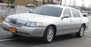 Picture of 2007 Lincoln Town Car Signature Series 4.6L V8 SOLD