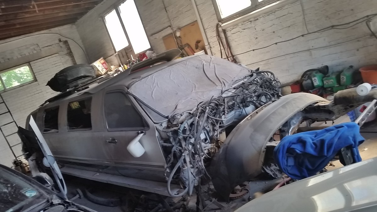 1997 Lincoln Excalibur - project has not been compled For Sale (picture 4 of 6)