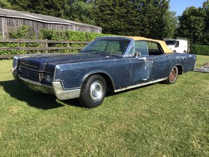 1967 LINCOLN CONTINENTAL CONVERTIBLE - RESTORATION PROJECT