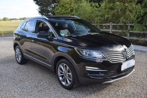 Picture of 2019 Lincoln MKC 2.0i EcoBoost Reserve 17MY 69-plate