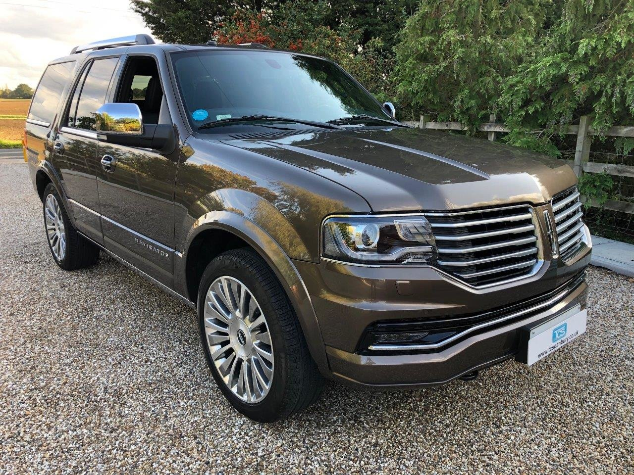 2019 Navigator 4x4 For Sale (picture 1 of 6)