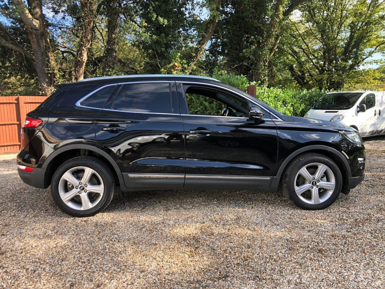 2019 69-plate Lincoln MKC Premier 2.0L EcoBoost 2017MY For Sale (picture 5 of 6)