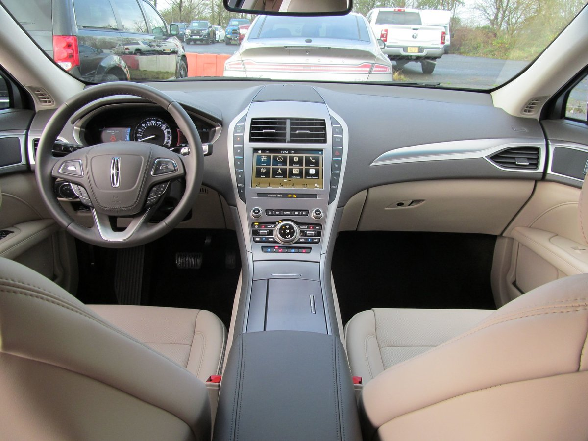 2019 Lincoln MKZ Reserve 2.0L HYBRID Petrol/Electric For Sale (picture 6 of 12)
