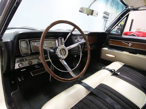 1963 Lincoln Continental 4DR Convertible For Sale (picture 4 of 6)