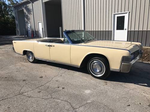 1965 Lincoln Continental 4DR Convertible SOLD (picture 2 of 6)
