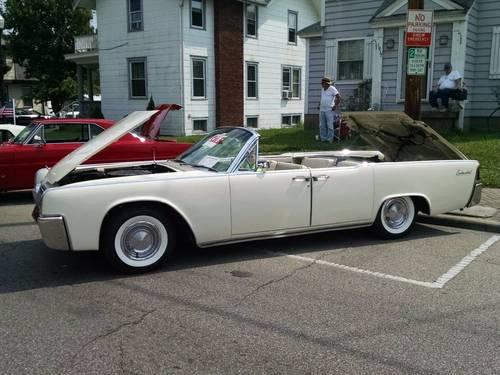 1963 Lincoln Continental 4DR Convertible For Sale (picture 2 of 5)