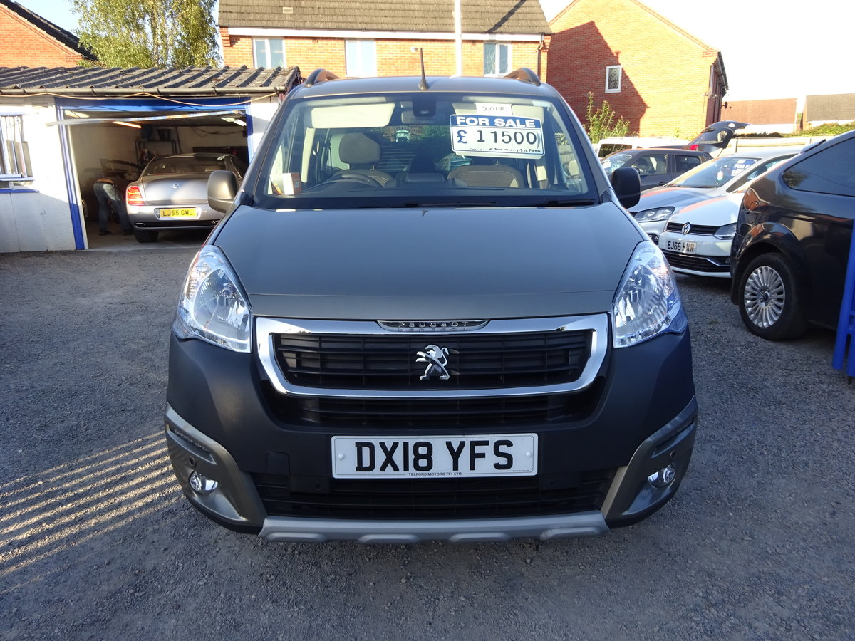 2018 MPV PARTNER 1200cc PETROL 5,300 MILES ONLY CAT N NO DAMAGE  For Sale (picture 1 of 6)