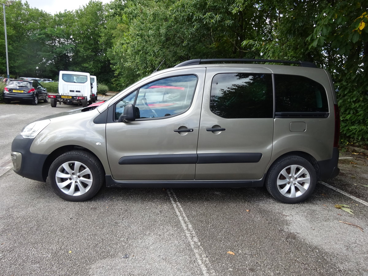 2018 MPV PARTNER 1200cc PETROL 5,300 MILES ONLY CAT N NO DAMAGE  For Sale (picture 2 of 6)